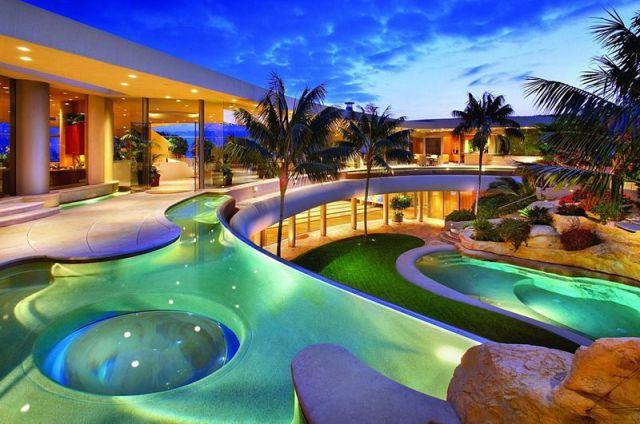 Лунная подсветка для бассейна