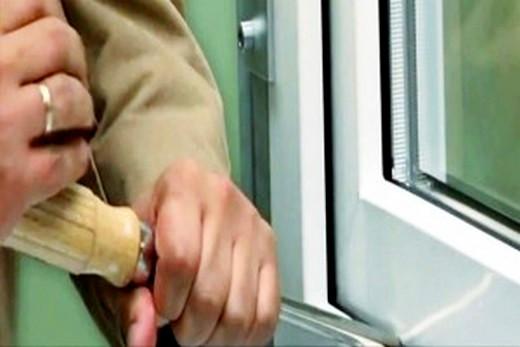 Как установить пластиковое окно