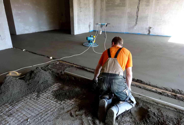 В чем разница между бетоном и стяжкой?